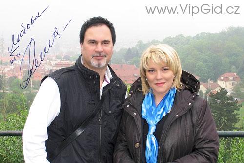 Валерий Меладзе - популярный российский эстрадный певец, продюсер, телеведущий, бизнесмен